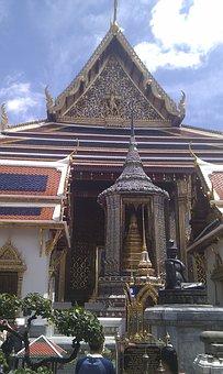 Tempel 64