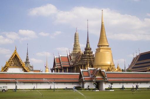 Tempel 72