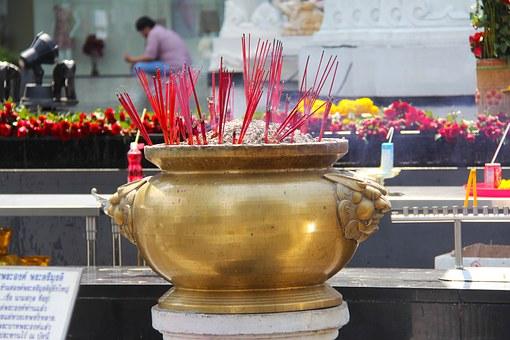 Tempel 87