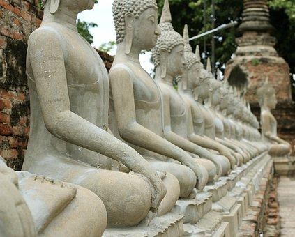 Tempel 9
